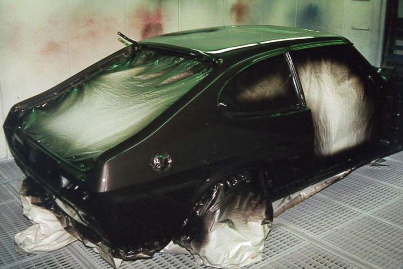 Karosserie des Capris schwarz lackiert